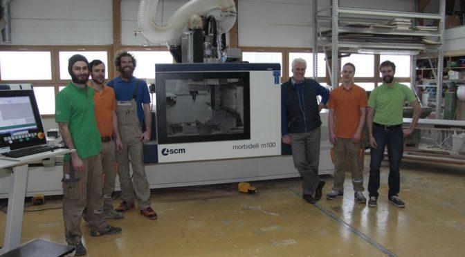das Team mit der neuen 5-Achs CNC
