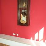 Vitrine für Fendergitarre und signiert von den ROLLING STONES